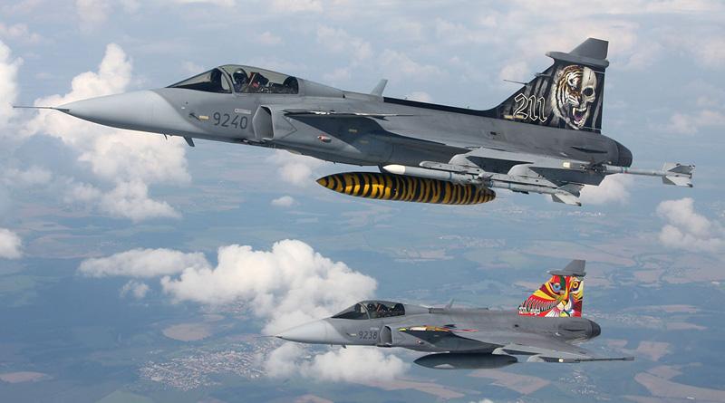 Gripeny s Alkami působí v roli cílů na velkém cvičení protivzdušné obrany Tobruq Legacy 2019
