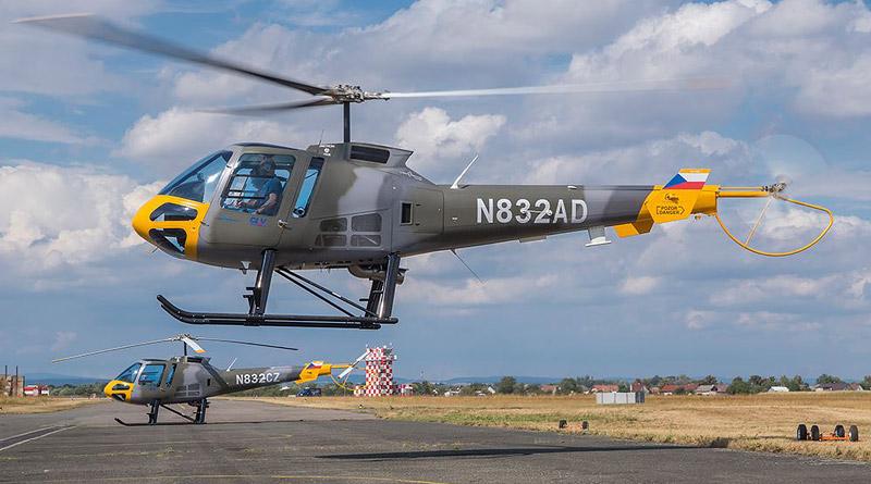 Pardubické Centrum leteckého výcviku převzalo další dva stroje Enstrom 480B-G