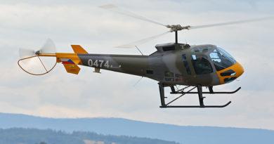 První instruktoři pardubického CLV zahájili lety s NVG na vrtulnících Enstrom 480