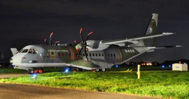 Transportní letoun CASA C-295M přepravil humanitární pomoc do záplavami postiženého Íránu