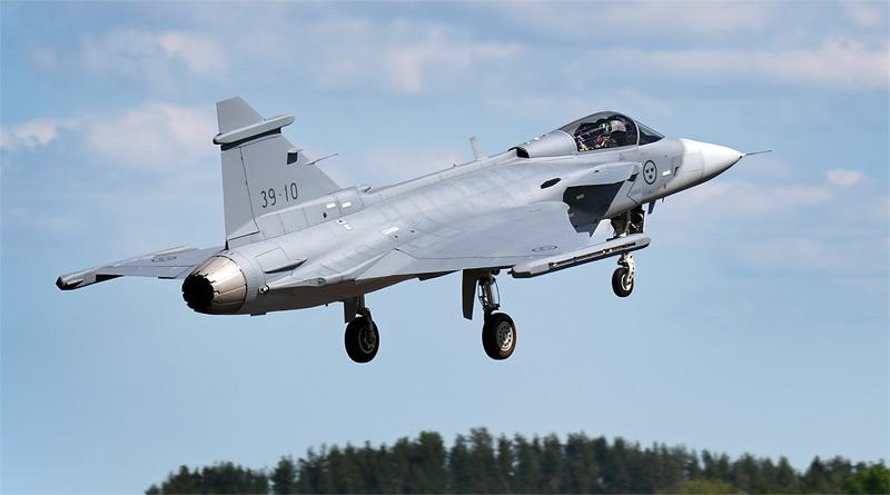 Letové testy Gripenu E se zintenzivní, byl zalétán třetí prototyp 39-10