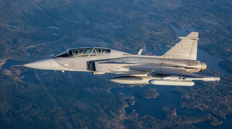 Letové zkoušky nového rušícího kontejneru EAJP společnosti Saab zahájeny