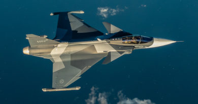 Zalétán první sériový Gripen E určený pro švédské vojenské letectvo